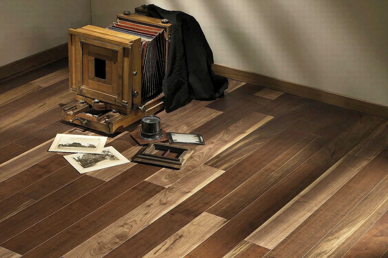 american-walnut-engineered-wood-floors-58864-2184737a_2